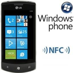 NFC 市 場 發 展 概 況 智 慧 型 手 機 已 成 趨 勢 (2012 年 底 約 52%),NFC 為 其 主 要 應 用 主 要 作 業 系 統 Android ios