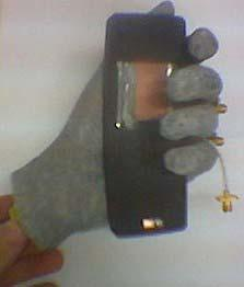 Ceramic BT/GPS- chip antennas immunity for loading objects Return loss / S11 Flex-PIFA Ceramic chip antenna Antenna underneath cover, against the tissue of the hand 10 Mar 2004 15:45:26 CH1 S 11 &M