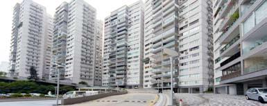 with large balcony and breath-taking view of Repulse Bay Beach 寬敞住宅連偌大露台,
