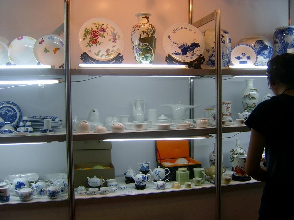 7.4.2.2.4 Kitchenware from International Ceramic Fair by Jingxing Porcelain Factory 7.4.2.3