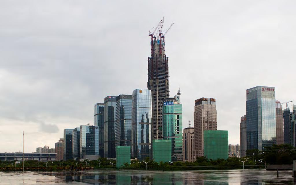 Figure 2.12. The Ping An Finance Center being constructed within the Shenzhen skyline (Source: Ping An) 图 2.