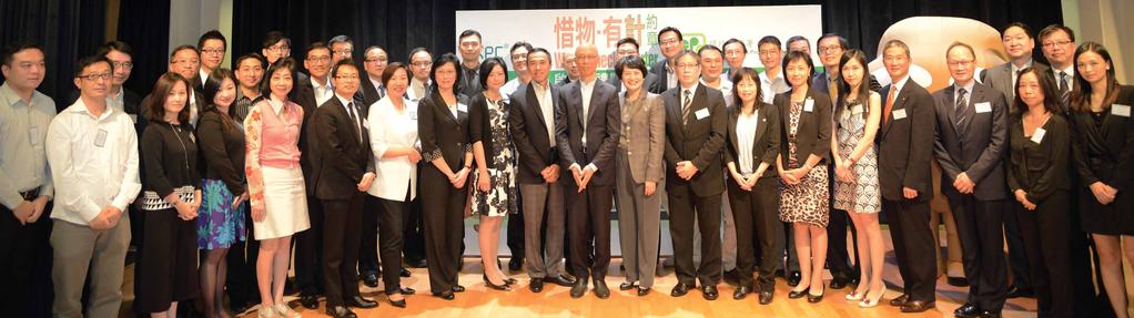 Going Green 關注環保 Keeping waste in check 惜物減廢 Underscoring its green commitment, the AA recently signed the Waste Check Charter initiated by the Environmental Protection Department.